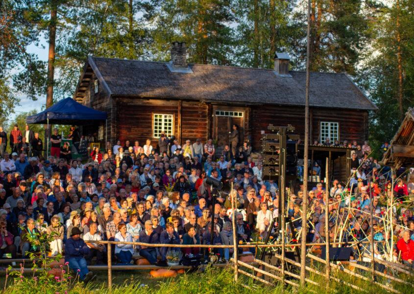Fra 50 års Jubileumsshowet Finnetunet/Audun Kirkholt Frantzen